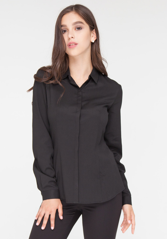 "Black fitted fitted blouse ""Chizana 3"""