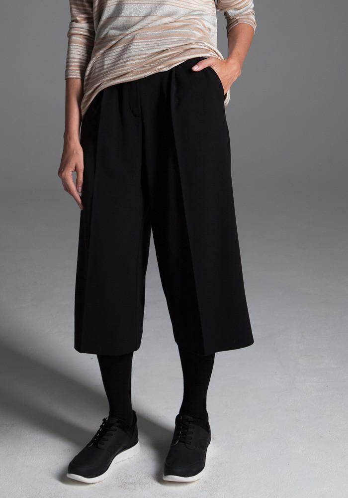 """Струящиеся брюки-кюлоты """"Тренто"""" черный-порше"""