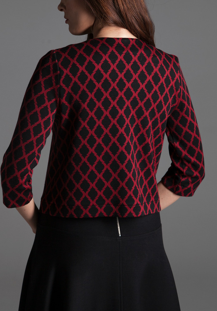 Short jacket with burgundy print Magik