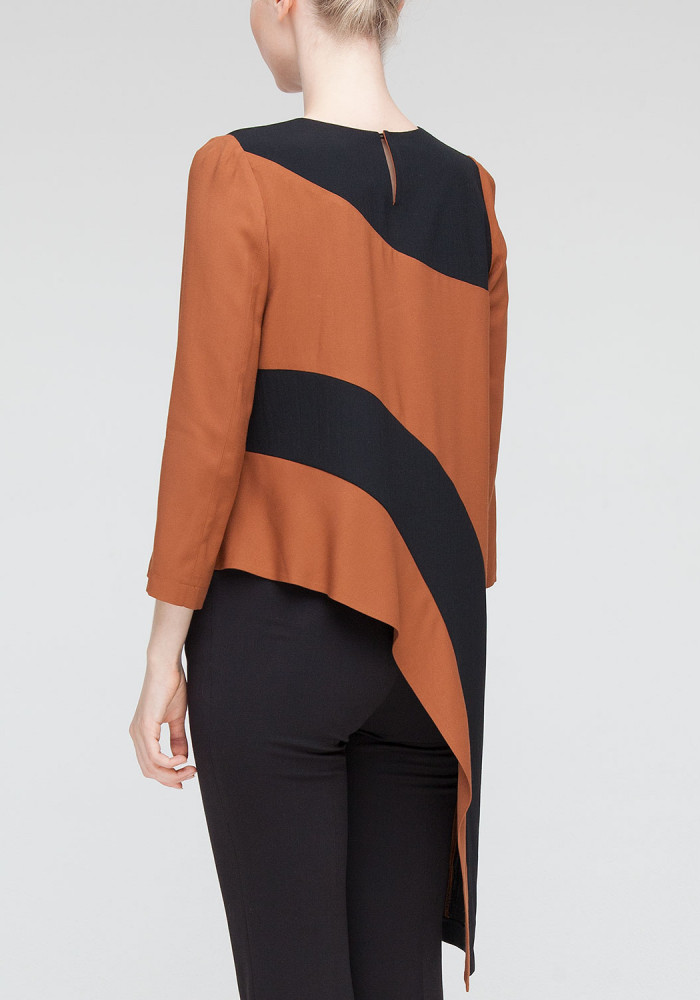 Asymmetric Top Brown Seoul