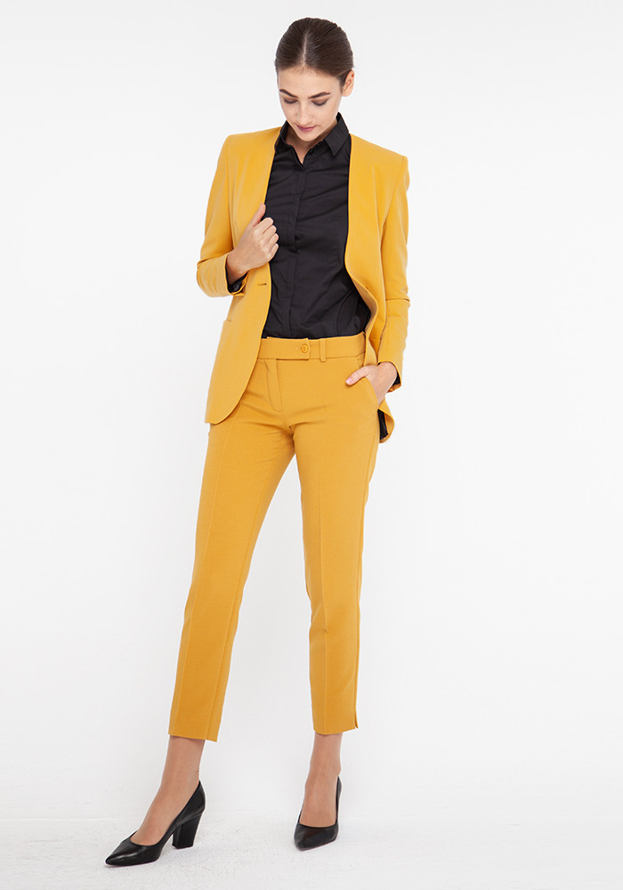 "Tapered trousers ""Calvi"" mustard color"