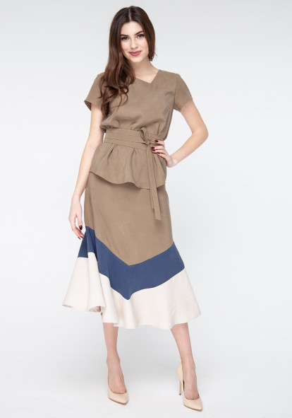 Khaki top  with wide belt Zazu