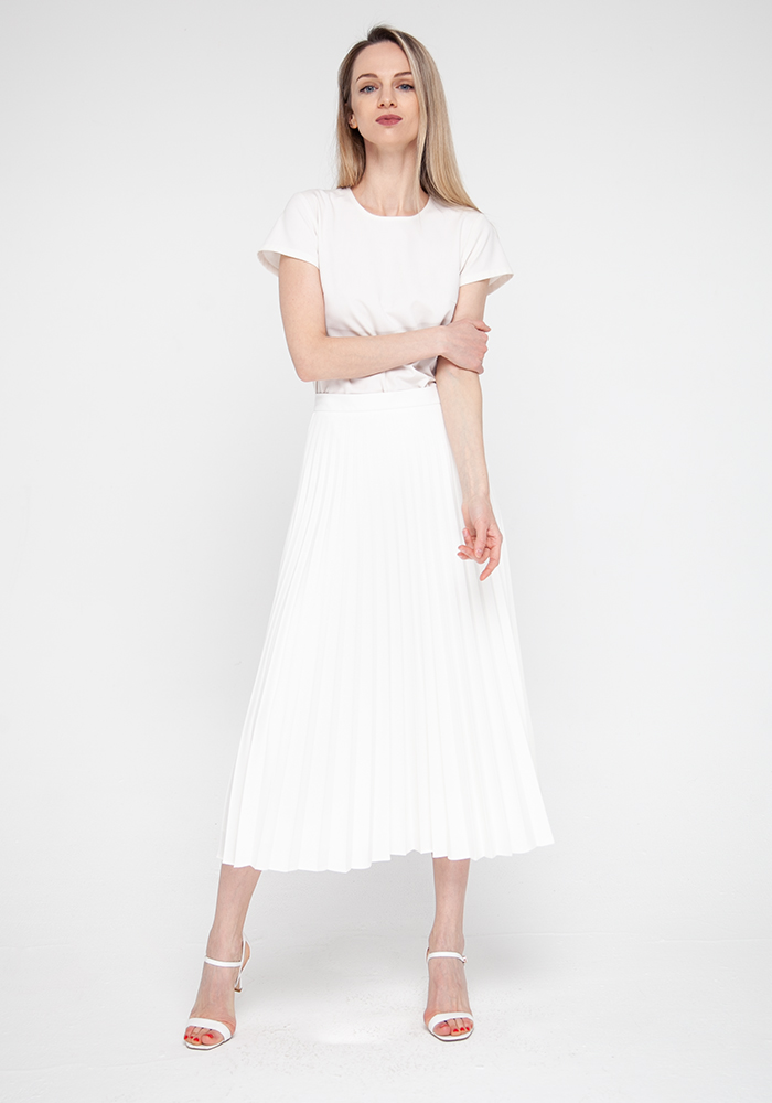 Pleated skirt  milky color Verda