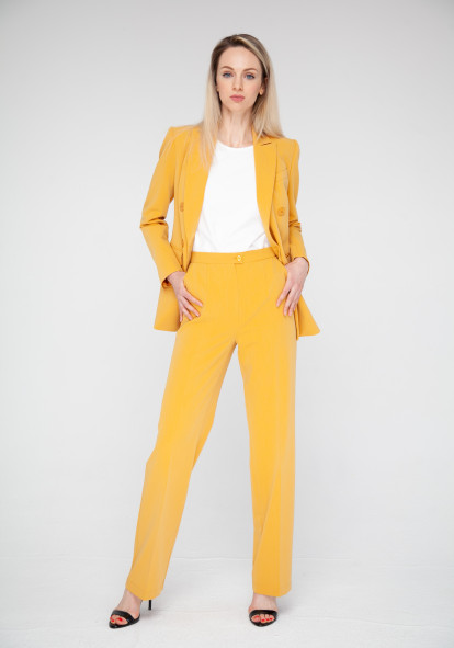 Mustard-colored longline jacket Chester